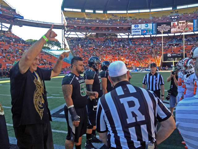 Chancellor Freitas at the coin toss prior to the UH Football game against Oregon State..
