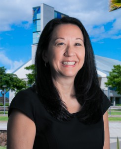 Associate Professor of Business Administration Sharon Lee