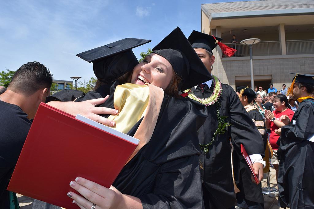 UHWO Spring 2015 Commencement graduates