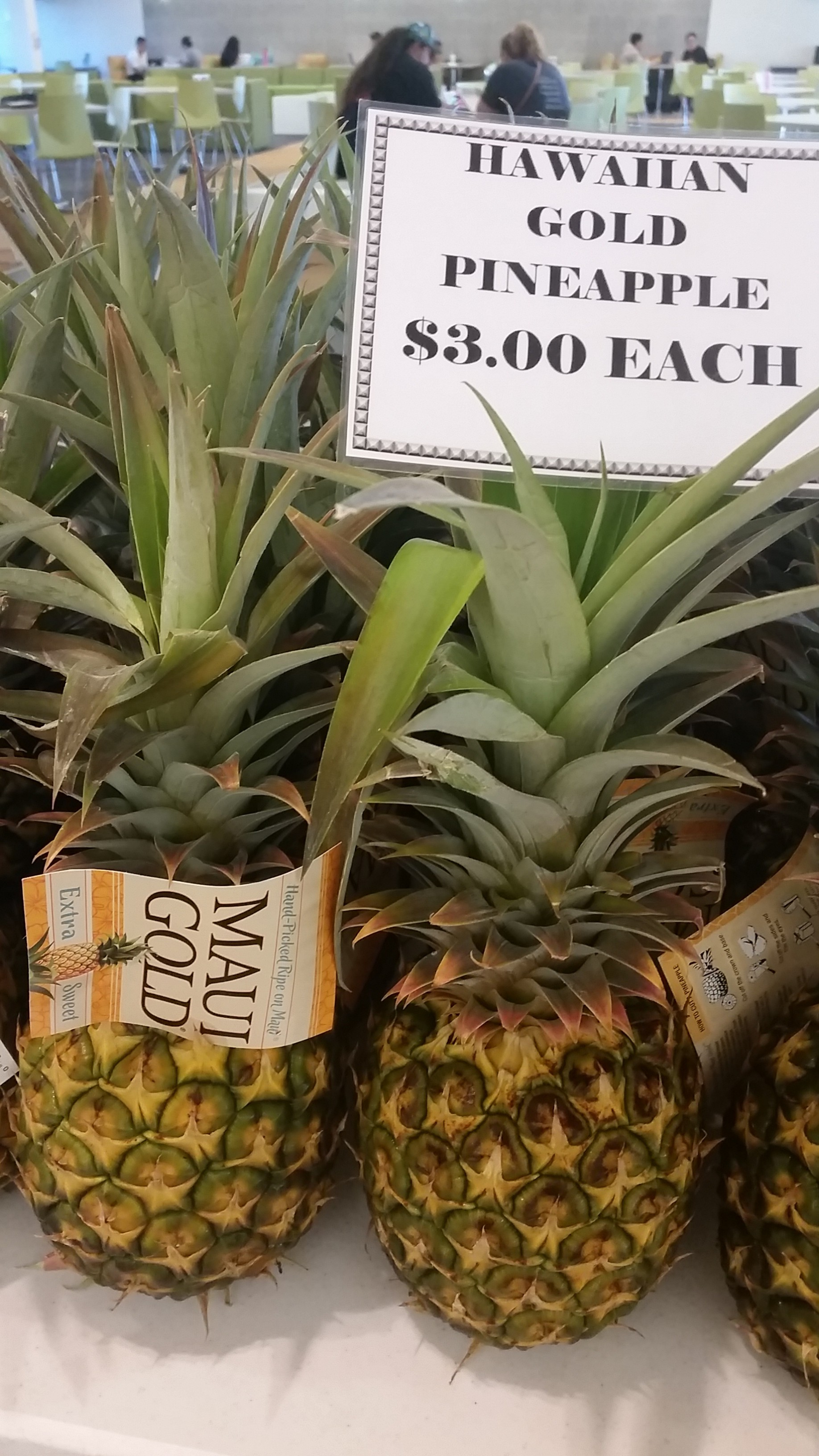 Farmers' Market pineapple