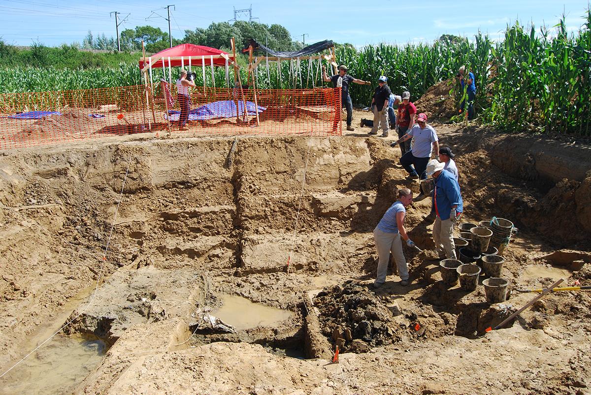 The UHWO/University of Wisconsin-Madison team excavating the crash site.