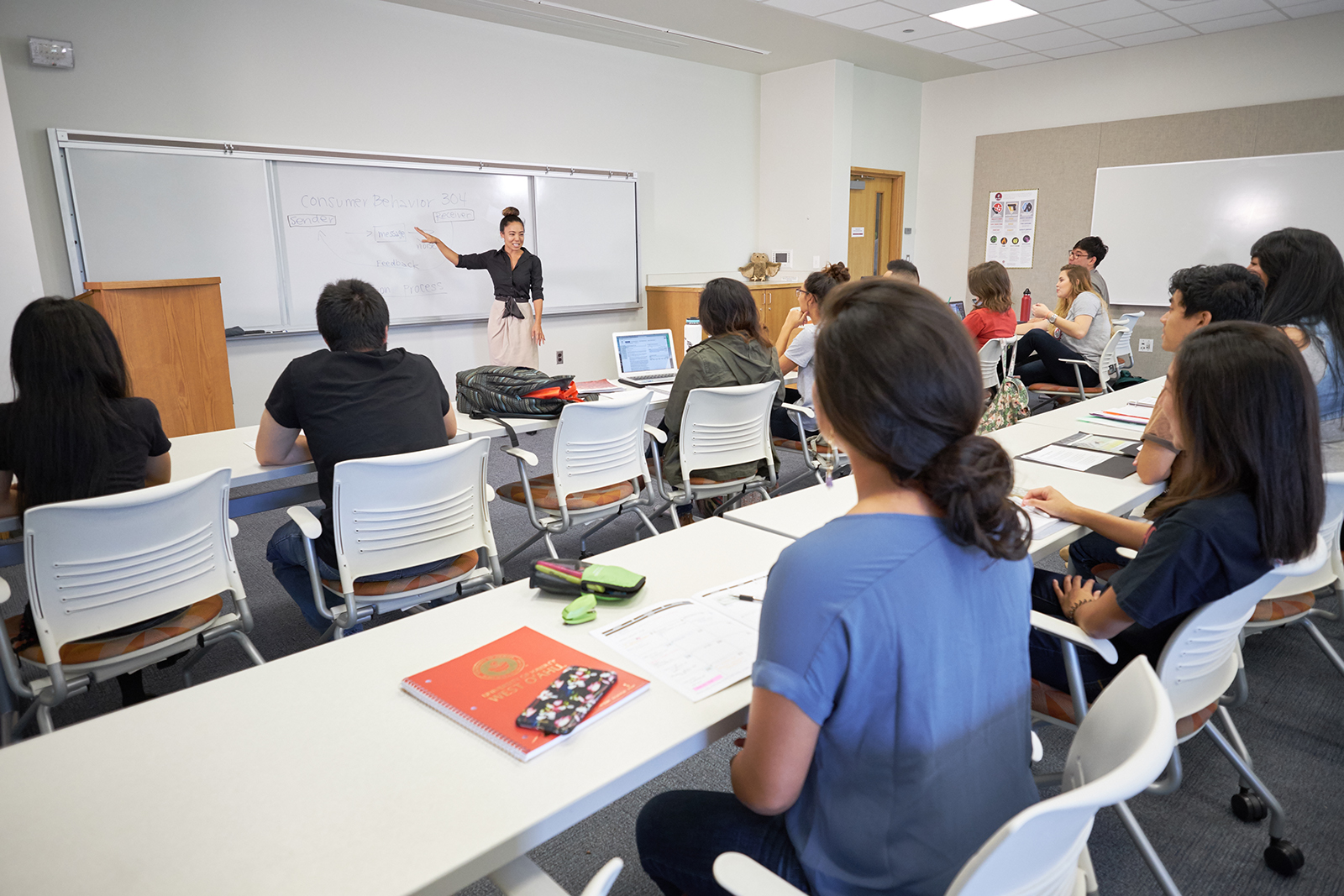 Professor Itoga lecturing in her classroom.